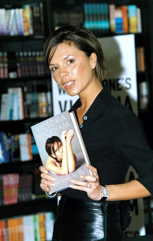 Journée internationale du livre : des célébrités qui ont également réussi en tant qu'écrivains.