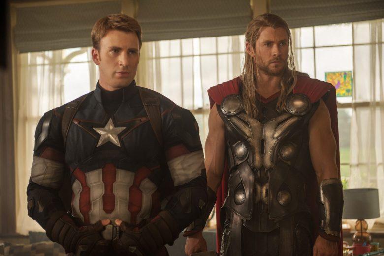 Steve Rogers/Capitaine America et Thor dans Avengers : Endgame.