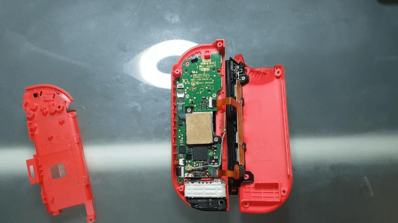 Un petit bout de papier serait la clé pour réparer la dérive des Joy-Con de la Nintendo Switch.