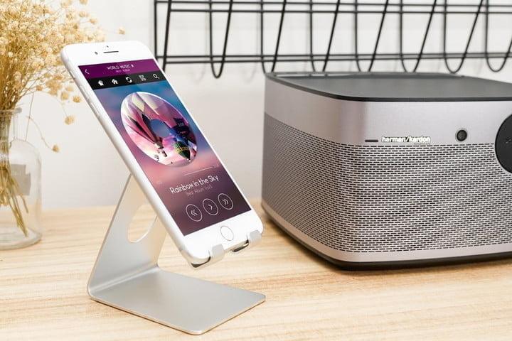 Lamicall iPhone Stand, l'un des meilleurs docks pour iPhone
